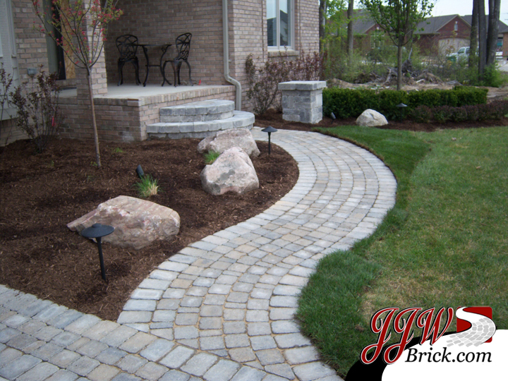 Brick Paver Walkways and Driveway Pavers | Macomb, Rochester Hills MI