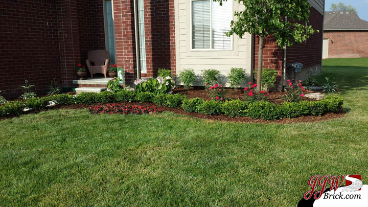 Simple Landscaping Ideas Rochester MI | Brick Patio Rochester ...