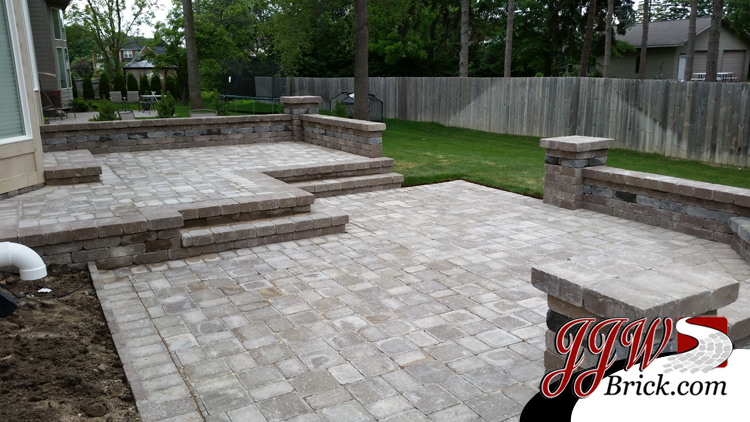 Troy MI Brick Paver Fireplace